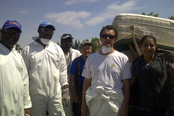 high river flood volunteers, 2013